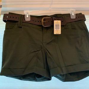 NWT torrid olive belted shorts size 12